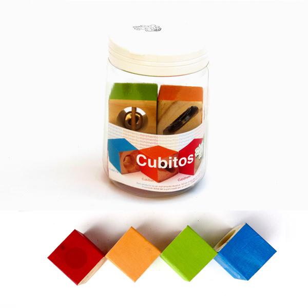 frasco con cubos